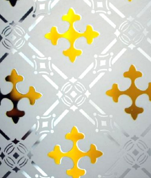 Amber Druids Cross Etched Glass