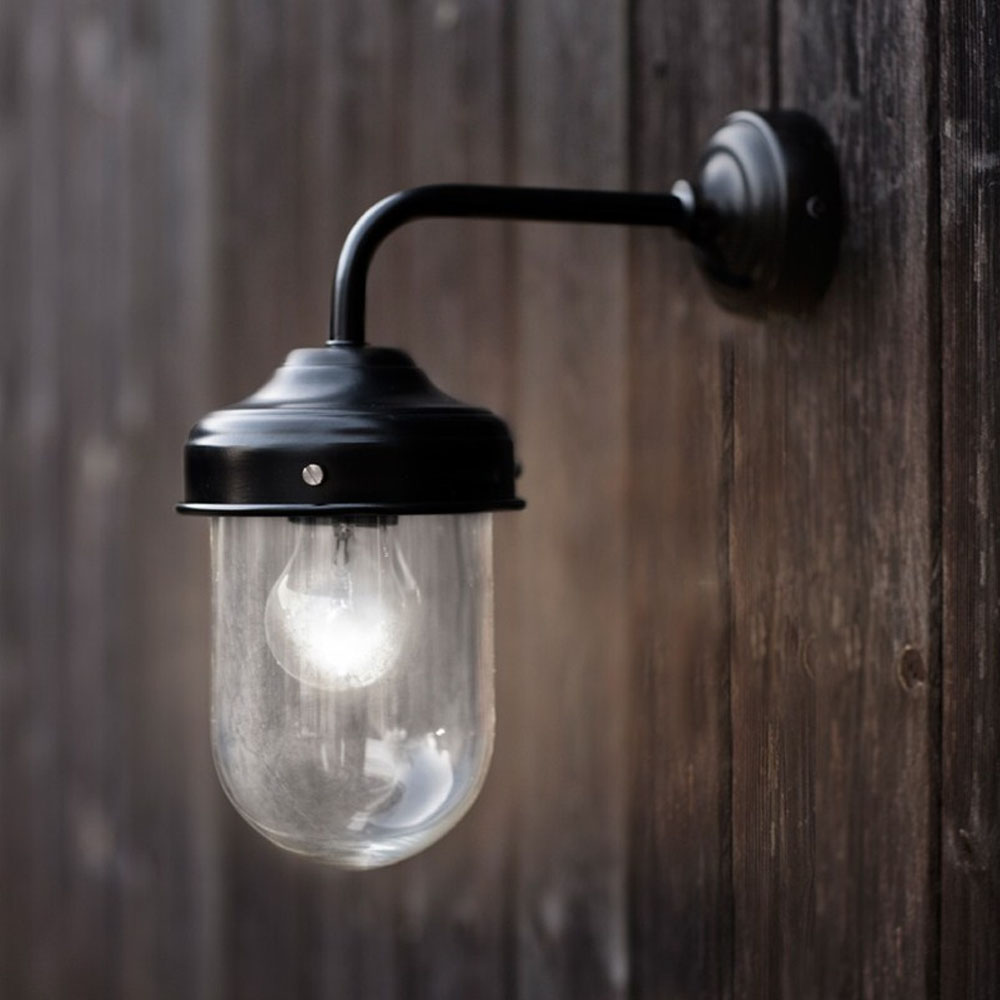 Barn Light Originals: Black Barn Light (Weatherproof)
