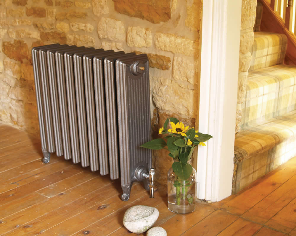 Churchill Cast Iron Radiator 670mm Tall Period Home Style