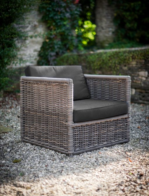 Harting Sofa Set
